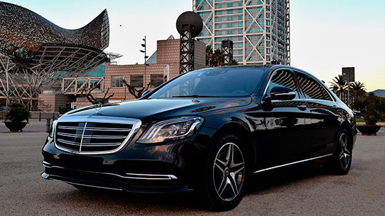 mercedes s class of the limousine rental in barcelona