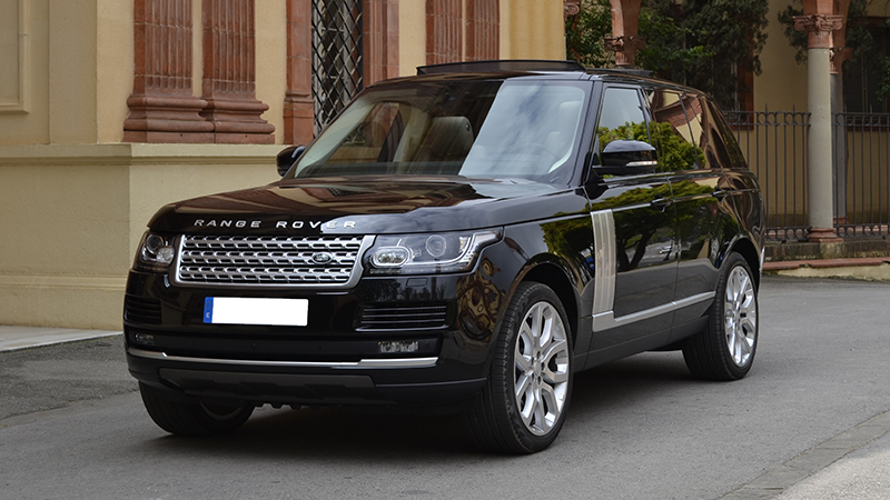 range rover of the limousine rental in barcelona